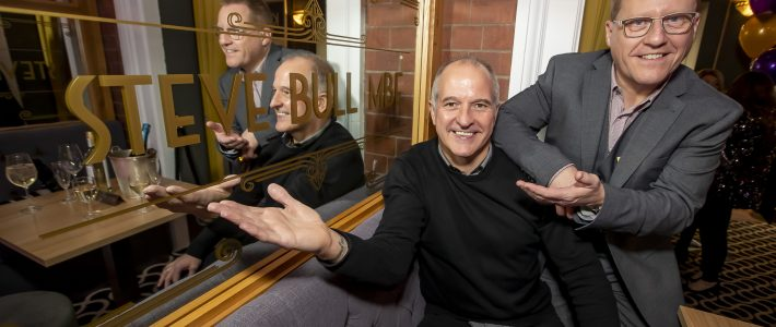 Steve Bull MBE becomes Grand Theatre Ambassador